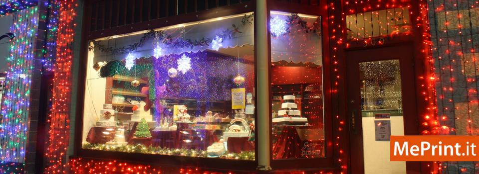 La Magica Atmosfera Delle Vetrine Di Natale